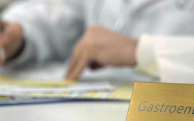 reasons to see gastroenterologist doctor 400x250 - Gastroenterologist in Cape Town, Dr Deetlefs